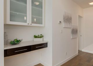 Photo 10: 305 836 Royal Avenue SW in Calgary: Lower Mount Royal Apartment for sale : MLS®# A1146354