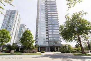 Photo 3: 2906 4880 BENNETT Street in Burnaby: Metrotown Condo for sale (Burnaby South)  : MLS®# R2557834