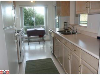 """Photo 3: 306 33280 E BOURQUIN Crescent in Abbotsford: Central Abbotsford Condo for sale in """"EMERALD SPRINGS"""" : MLS®# F1114458"""