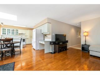 """Photo 11: 6139 W BOUNDARY Drive in Surrey: Panorama Ridge Townhouse for sale in """"LAKEWOOD GARDENS"""" : MLS®# R2452648"""