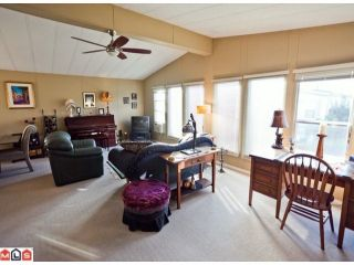 """Photo 2: 55 2303 CRANLEY Drive in White Rock: King George Corridor Manufactured Home for sale in """"SUNNYSIDE ESTATES"""" (South Surrey White Rock)  : MLS®# F1125566"""