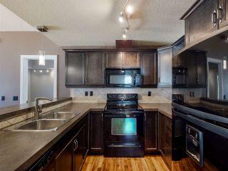 Photo 4: 23 2565 HANNA Crescent in Edmonton: Zone 14 Townhouse for sale : MLS®# E4237895