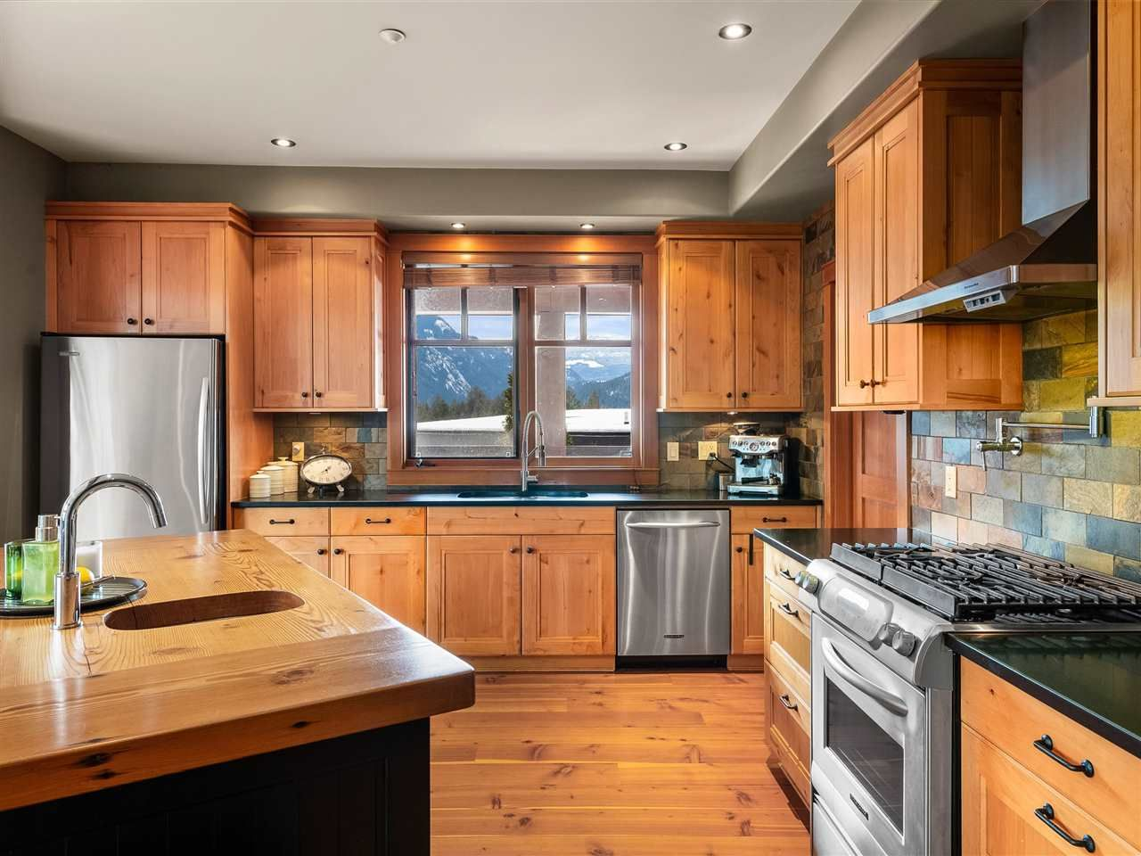 Photo 16: Photos: 1766 PINEWOOD DRIVE: Pemberton House for sale : MLS®# R2543608