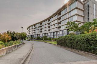 Photo 1: 402 5332 Sayward Hill Cres in : SE Cordova Bay Condo for sale (Saanich East)  : MLS®# 877023