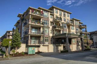 """Photo 1: 402 9060 BIRCH Street in Chilliwack: Chilliwack W Young-Well Condo for sale in """"THE ASPEN GROVE"""" : MLS®# R2576965"""
