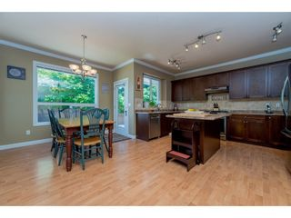 Photo 4: 6878 198B Street in Langley: Willoughby Heights House for sale : MLS®# R2189371