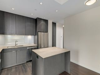 """Photo 9: 1806 111 E 1ST Avenue in Vancouver: Mount Pleasant VE Condo for sale in """"BLOCK 100"""" (Vancouver East)  : MLS®# R2614472"""