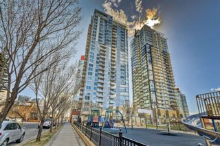 Photo 1: 1804 215 13 Avenue SW in Calgary: Beltline Apartment for sale : MLS®# A1101186