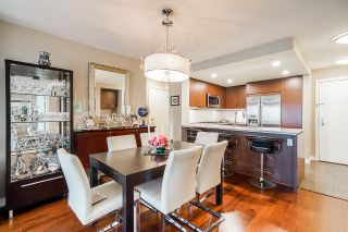 """Photo 20: 210 2940 KING GEORGE Boulevard in Surrey: King George Corridor Condo for sale in """"HIGH STREET"""" (South Surrey White Rock)  : MLS®# R2496807"""