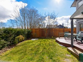 Photo 5: B 190 Cliffe Ave in COURTENAY: CV Courtenay City Half Duplex for sale (Comox Valley)  : MLS®# 843447