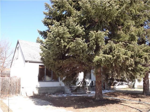 Main Photo: 49 Thorndale Avenue in Winnipeg: St Vital Residential for sale (South East Winnipeg)  : MLS®# 1607715