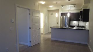 """Photo 6: 312 20058 FRASER Highway in Langley: Langley City Condo for sale in """"Varsity"""" : MLS®# R2142499"""