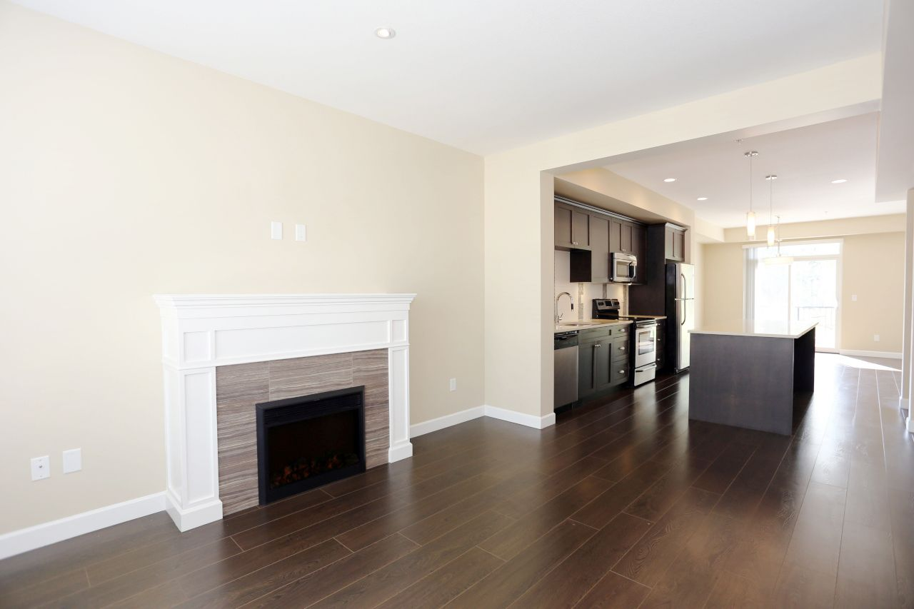 """Photo 10: Photos: 44 7059 210 Street in Langley: Willoughby Heights Townhouse for sale in """"Alder"""" : MLS®# R2263241"""
