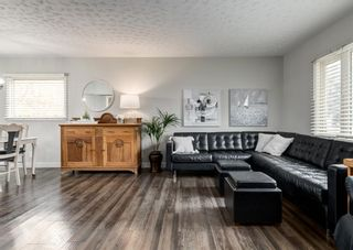Photo 4: 4528 Forman Crescent SE in Calgary: Forest Heights Detached for sale : MLS®# A1152785