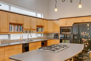 Photo 13: 817 Rideau Road SW in Calgary: Rideau Park Detached for sale : MLS®# A1099305