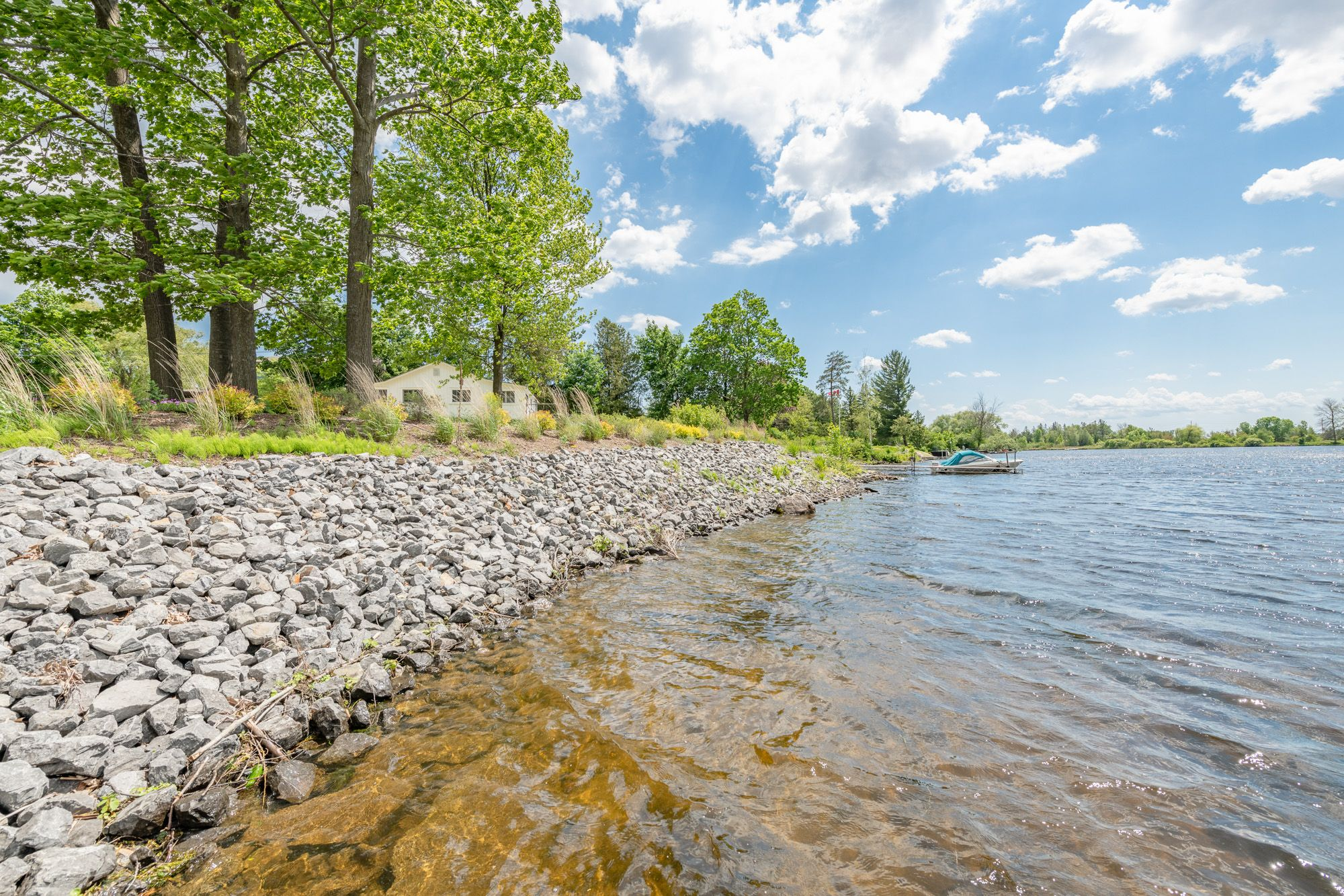 Main Photo: 2050 RIVER Road in Manotick: Vacant Land for sale : MLS®# 1245308