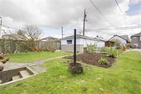 Photo 17: 5748 SOPHIA STREET in Vancouver: Main House for sale (Vancouver East)  : MLS®# R2212717