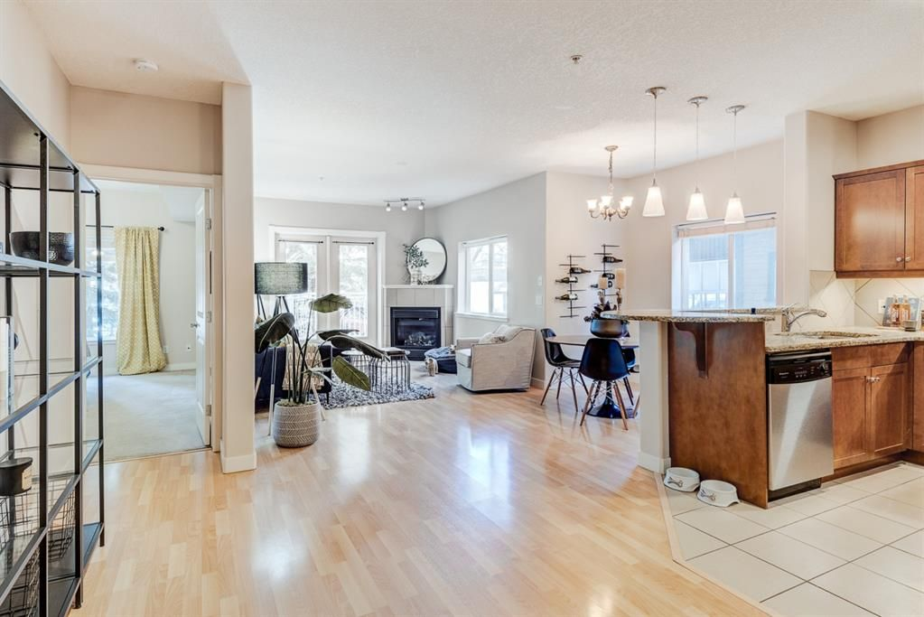 Photo 4: Photos: 102 509 21 Avenue SW in Calgary: Cliff Bungalow Apartment for sale : MLS®# A1100850