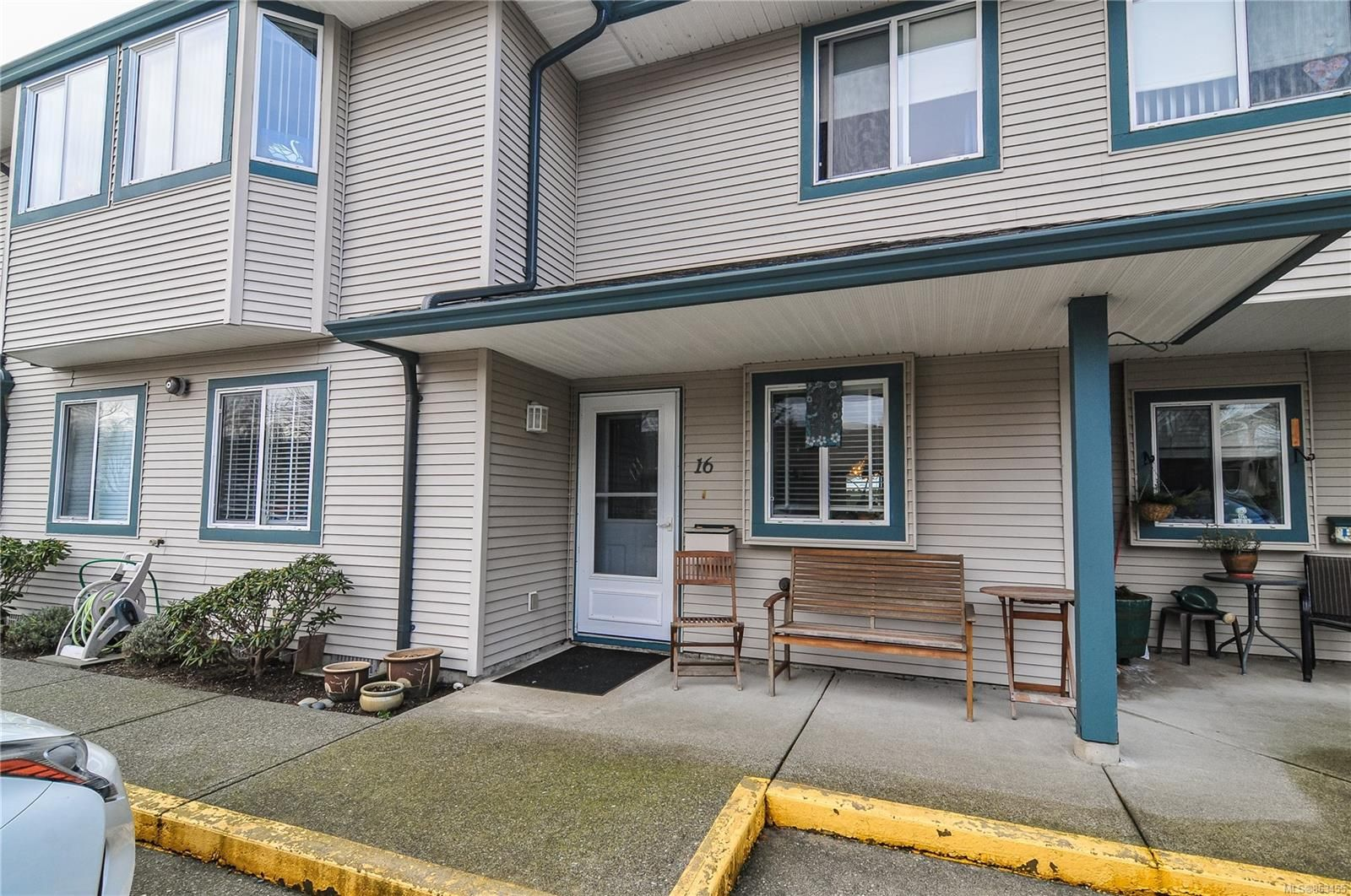 Main Photo: 16 2317 Dalton Rd in : CR Willow Point Row/Townhouse for sale (Campbell River)  : MLS®# 863455
