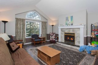 Photo 2: 32684 UNGER COURT in Mission: Mission BC House for sale : MLS®# R2137579