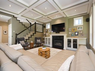 Photo 3: 15 Channery Pl in : VR View Royal House for sale (View Royal)  : MLS®# 845383