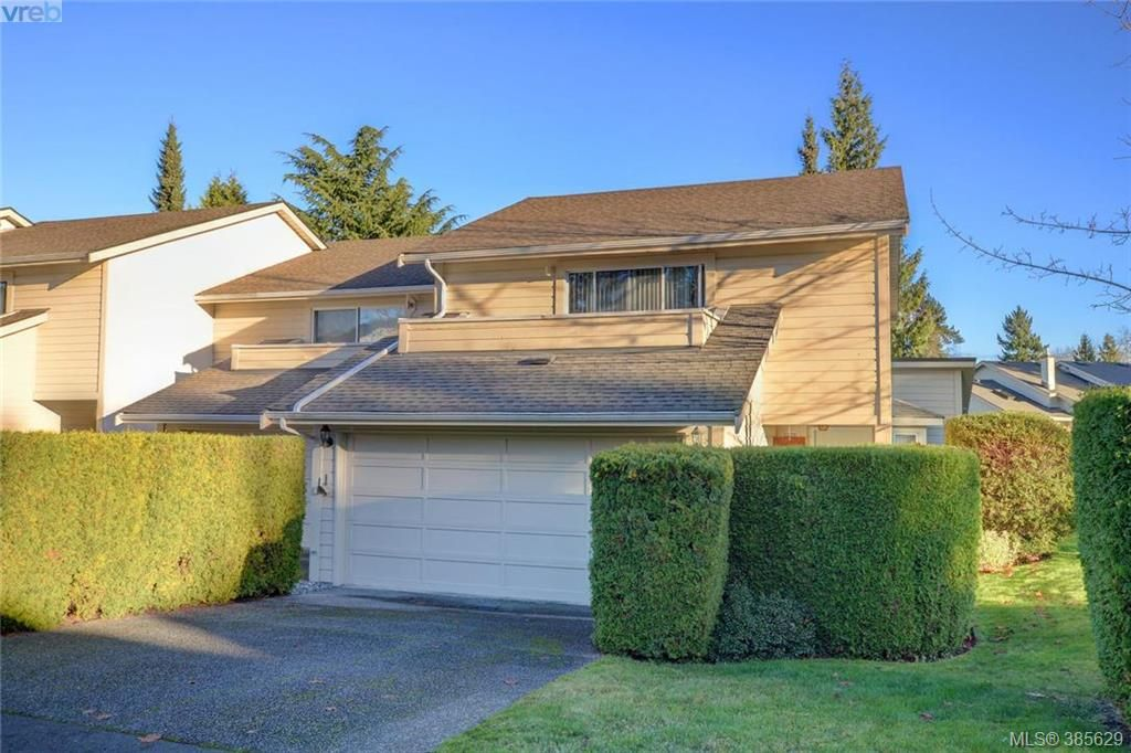 Main Photo: 28 1287 Verdier Ave in BRENTWOOD BAY: CS Brentwood Bay Row/Townhouse for sale (Central Saanich)  : MLS®# 774883