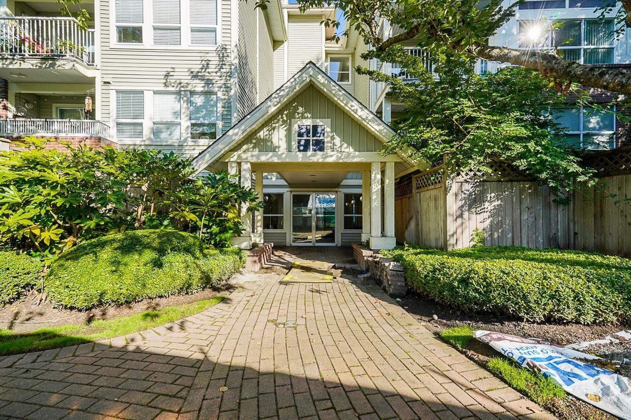 Main Photo: 305 9668 148 Street in Surrey: Guildford Condo for sale (North Surrey)  : MLS®# R2620868