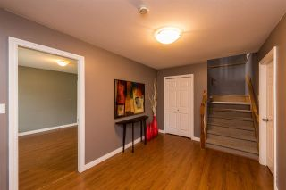 Photo 2: 11586 239A Street in Maple Ridge: Cottonwood MR House for sale : MLS®# R2256285