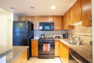 Photo 12: 1702 1078 6 Avenue SW in Calgary: Downtown West End Apartment for sale : MLS®# A1127041