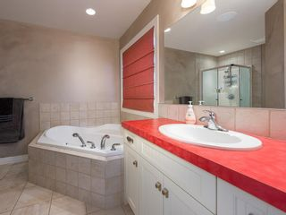 Photo 16: 27 Cougar Plateau Way SW in Calgary: Cougar Ridge Detached for sale : MLS®# A1113604