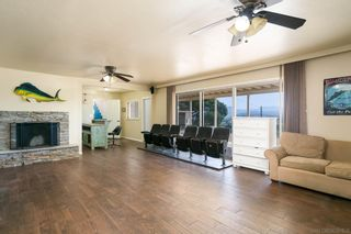 Photo 22: LAKESIDE House for sale : 3 bedrooms : 9111 Paradise Park Dr