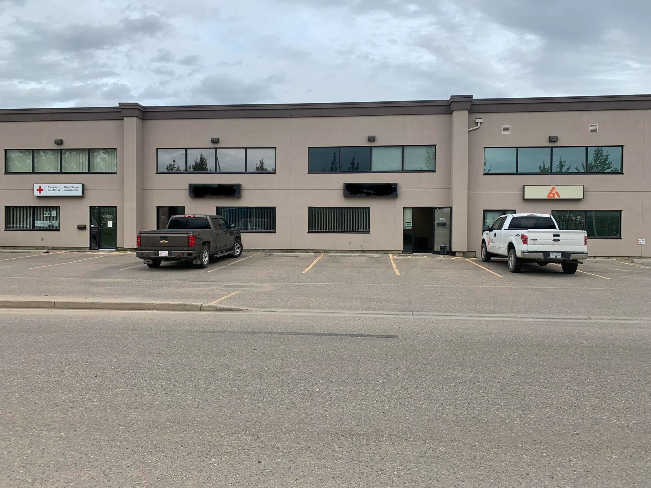 Main Photo: 9610 SIKANNI Road in Fort St. John: Fort St. John - City SE Industrial for lease (Fort St. John (Zone 60))  : MLS®# C8040159