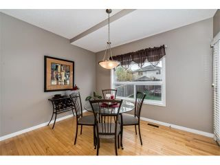 Photo 12: 131 Valley Stream Circle NW in Calgary: Valley Ridge House for sale : MLS®# C4092729
