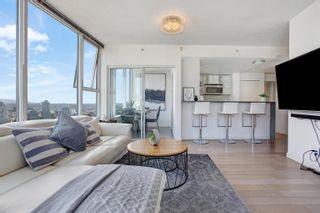 """Photo 7: 3307 33 SMITHE Street in Vancouver: Yaletown Condo for sale in """"COOPER'S LOOKOUT"""" (Vancouver West)  : MLS®# R2615498"""