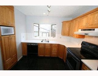 Photo 8:  in CALGARY: Huntington Hills Residential Detached Single Family for sale (Calgary)  : MLS®# C3377942