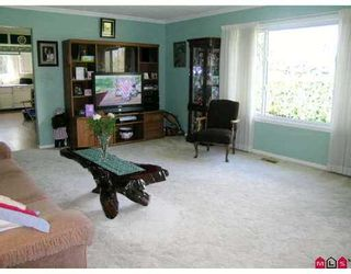 Photo 2: 11443 MCBRIDE Drive in Surrey: Bolivar Heights House for sale (North Surrey)  : MLS®# F2709020