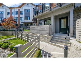 """Photo 2: 114 15111 EDMUND Drive in Surrey: Sullivan Station Townhouse for sale in """"TOWNSEND"""" : MLS®# R2588502"""