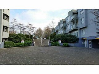 "Photo 12: 102 7800 ST. ALBANS Road in Richmond: Brighouse South Condo for sale in ""SUNNYVALE - BRIGHOUSE SOUTH"" : MLS®# V1099390"