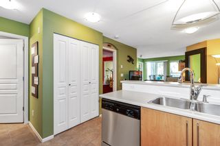 """Photo 11: 305 1150 E 29TH Street in North Vancouver: Lynn Valley Condo for sale in """"Highgate"""" : MLS®# R2497351"""