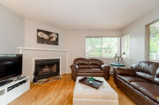 """Photo 4: 202 1665 ARBUTUS Street in Vancouver: Kitsilano Condo for sale in """"THE BEACHES"""" (Vancouver West)  : MLS®# R2094713"""