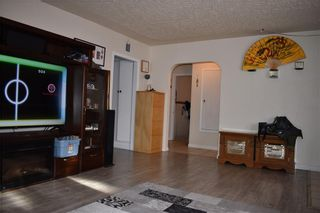 Photo 2: 6308 BOWWOOD Drive NW in Calgary: Bowness Detached for sale : MLS®# C4288200