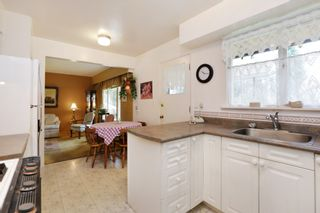 Photo 7: 1017 ARLINGTON Crescent in North Vancouver: Edgemont House for sale : MLS®# R2252498