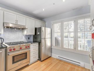 Photo 3: 329 W 15TH AVENUE in Vancouver: Mount Pleasant VW Townhouse for sale (Vancouver West)  : MLS®# R2102962