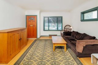 Photo 3: 2045 E 51ST Avenue in Vancouver: Killarney VE House for sale (Vancouver East)  : MLS®# R2401411