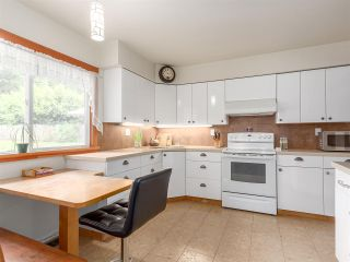 Photo 15: 2555 JURA Crescent in Squamish: Garibaldi Highlands House for sale : MLS®# R2176752