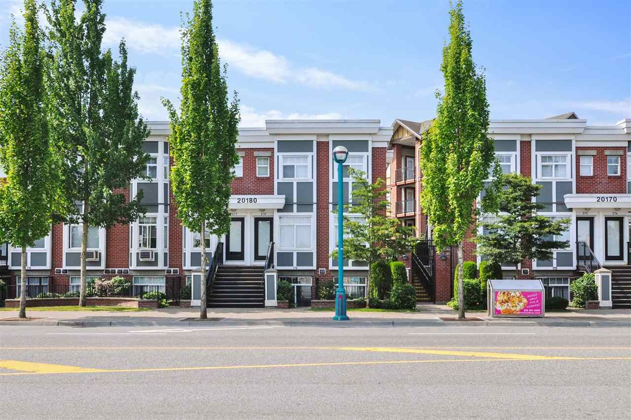 """Main Photo: 177 20180 FRASER Highway in Langley: Langley City Townhouse for sale in """"Paddington"""" : MLS®# R2524165"""