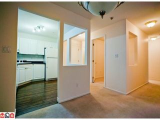 Photo 4: 210 9626 148TH Street in Surrey: Guildford Condo for sale (North Surrey)  : MLS®# F1122827