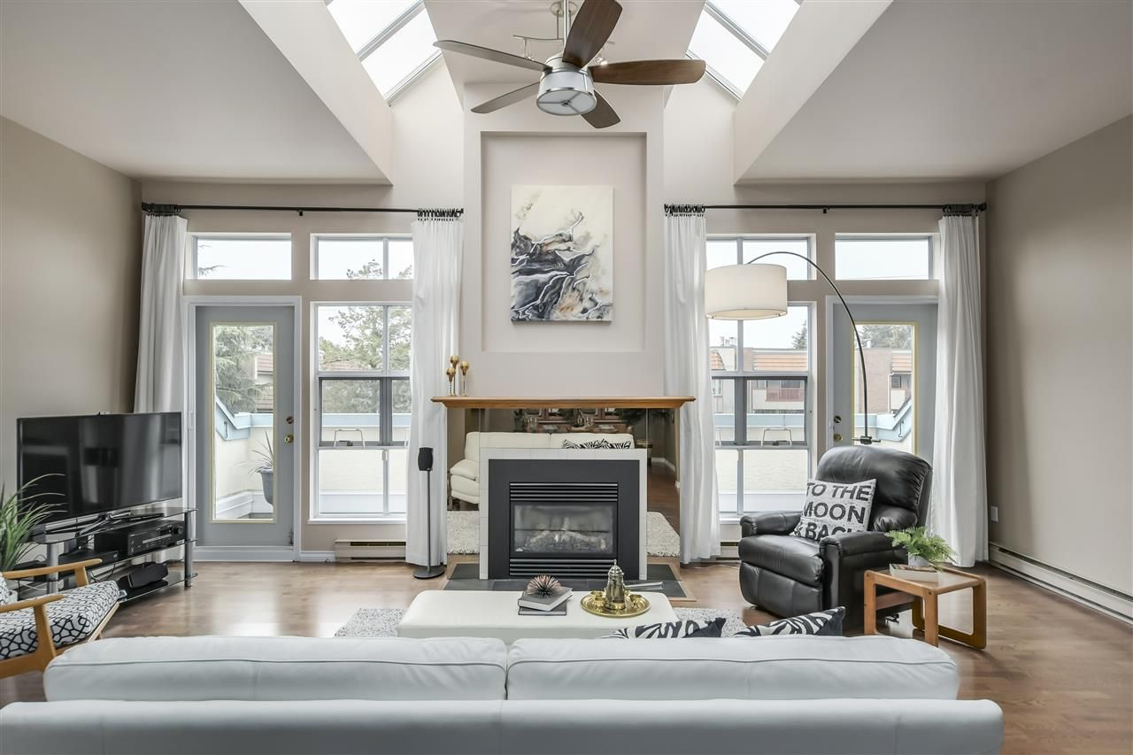 """Photo 7: Photos: 304 7580 MINORU Boulevard in Richmond: Brighouse South Condo for sale in """"CARMEL POINT"""" : MLS®# R2369650"""