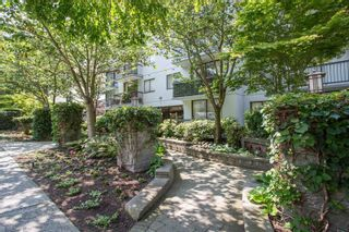 "Photo 15: 301 1146 HARWOOD Street in Vancouver: West End VW Condo for sale in ""The Lampligher"" (Vancouver West)  : MLS®# R2447032"