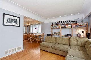 Photo 4: 3323 NAPIER Street in Vancouver: Renfrew VE House for sale (Vancouver East)  : MLS®# R2109951
